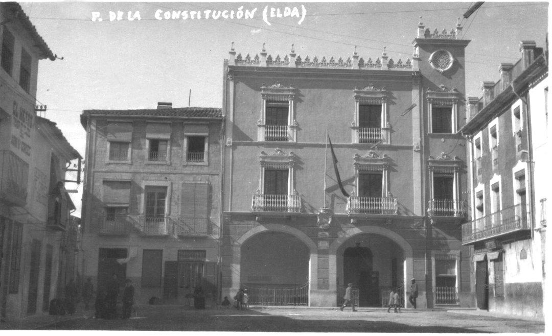 Plaza de la Constitucion. Final anos 20