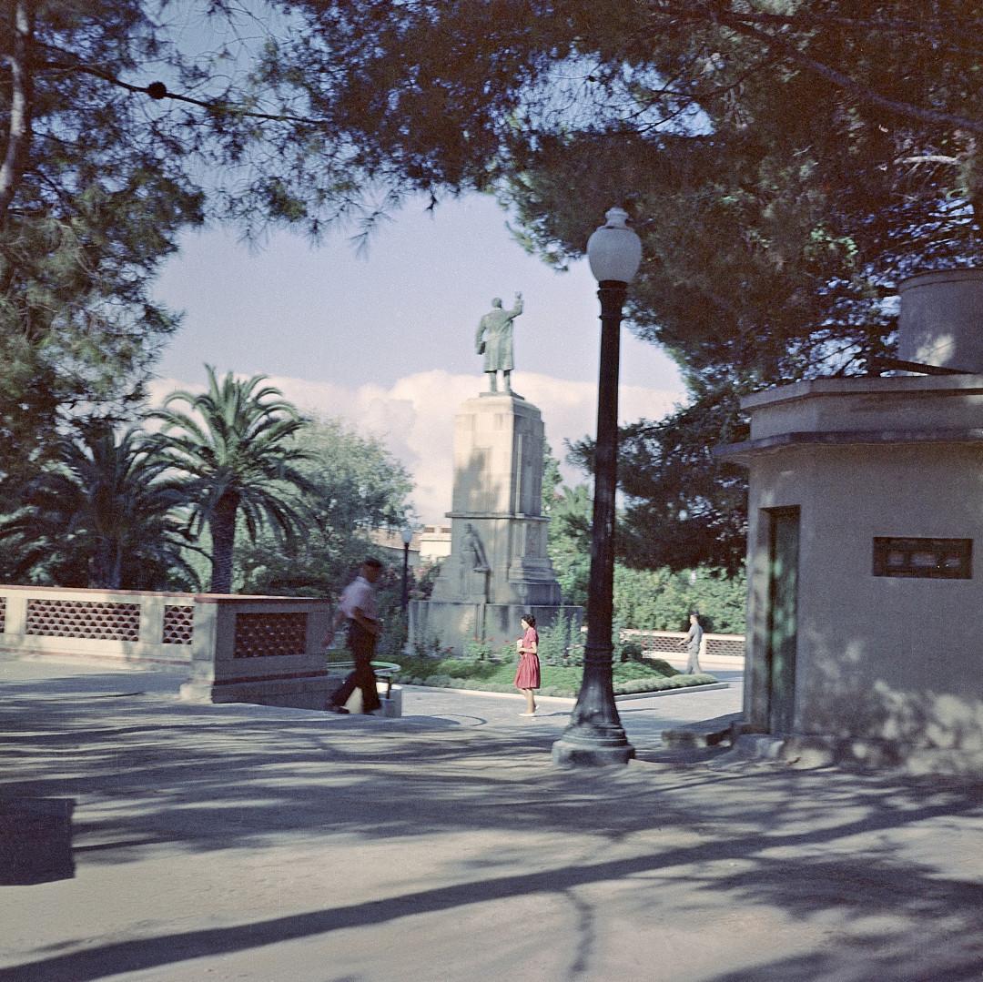 6. Plaza Castelar-001