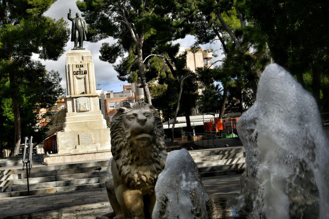 MONUMENTO EMILIO CASTELAR (5)